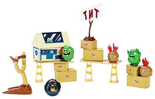 Spin Master 90504 Angry Birds - Attacco All'Isola Suina Playset