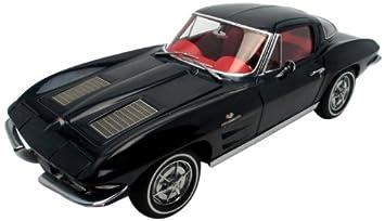Autoart - 71181 - Véhicule Miniature - Modèle À L'échelle - Chevrolet Corvette Sting Ray Coupe - 1963 - Echelle 1/18