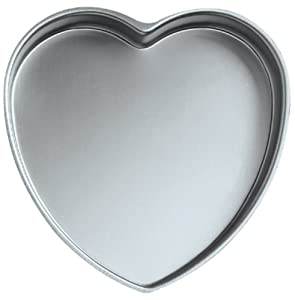 Wilton Decorator Preferred Heart Pan