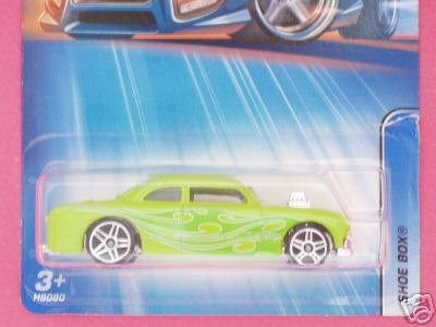 Mattel Hot Wheels 2005 1:64 Scale Lime Yelow Shoe Box Die Cast Car #172 - 1