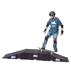 Landwave Skateboard Starter Kit with 2 Ramps and 1 Deck by Landwave