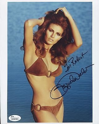 RAQUEL WELCH HAND SIGNED 8x10 COLOR PHOTO SEXY BIKINI BODY TO ROBERT