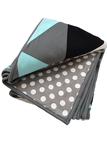 Danha Reversible Triangle Quilt Blanket for Baby Boys: The Puffy and Comfy Fabric to Comfort the Little One. (Quilt For Baby compare prices)