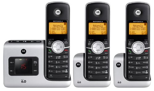 Motorola L403  DECT 6.0 Cordless Phone with Answering System and 3 Handsets (Silver)