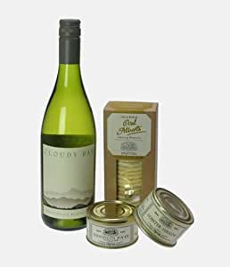 Cloudy bay Sauvignon Blanc Wine And Pate Hamper - Gift Baskets And Hampers