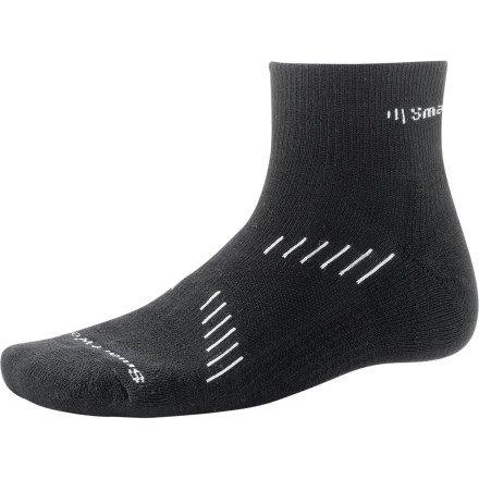 Buy Low Price Smartwool Men's PhD Cycling Light Mini Socks (SW373-634-M)