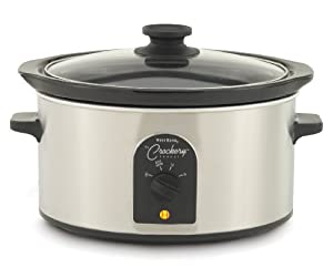 West Bend 84384 4-Quart Oval-Shaped Crockery Cooker