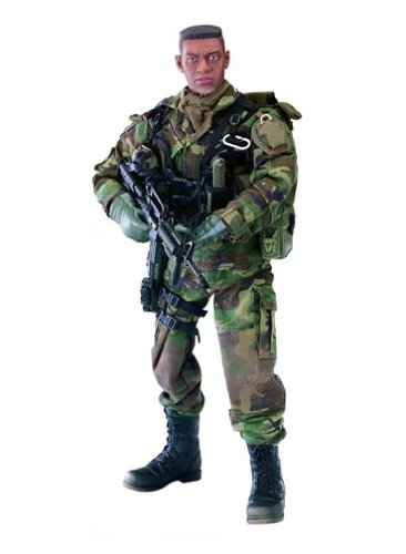 "Buy Low Price Blue Box Elite Force: Modern U.S. Army Green Beret – ""Rogue"" 12″ Military Action Figure (B0000BVGKC)"