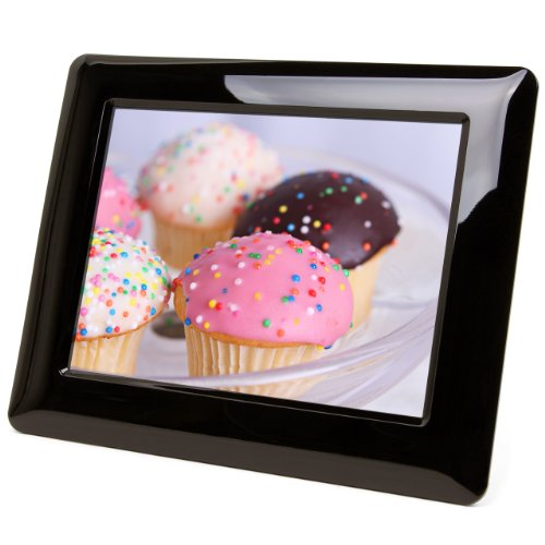 Micca-M703-7-Inch-800x600-High-Resolution-Digital-Photo-Frame-With-Auto-OnOff-Timer-Black