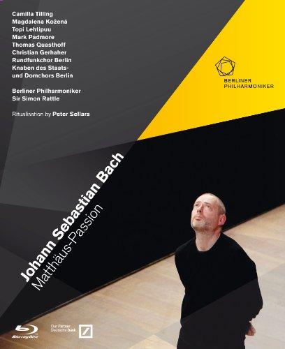 J.S.バッハ : マタイ受難曲 BWV244 (Johann Sebastian Bach : Matthaus-Passion / Berliner Philharmoniker , Sir Simon Rattle) [Blu-ray] [輸入盤・日本語字幕・解説書付]