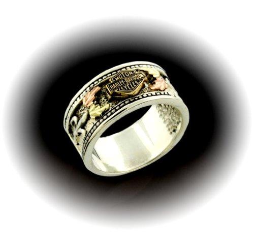 Harley-Davidson® Stamper® Women's Ring. Raised Black Hills Gold Leaves. Sterling Silver. Bar & Shield. HR7476