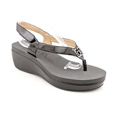 Calvin Klein Wyomi Two Tone Womens Size 8.5 Black Open Toe Wedge Sandals Shoes