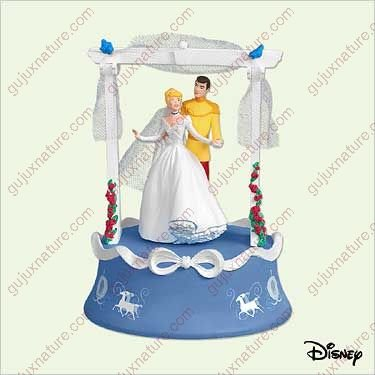 Wedding Day Dance Disney's Cinderella 2005 Hallmark Keepsake ornament QXD4245