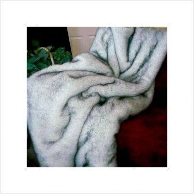 Arctic Fox Faux Fur Throw Blanket