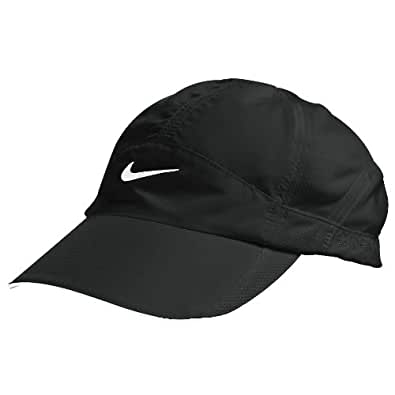 nike womens feather light cap style 595511