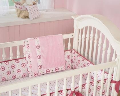 Wendy Bellissimo Raspberry Medallion 3 Piece Crib Set - 1
