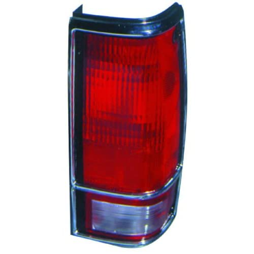 CHEVY S10/GMC S15/SONOMA 82 93 TAIL LIGHT UNIT PAIR SET NEW W/CHROME BEZEL