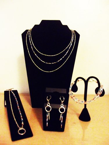 HANDMADE 5-PIECE SET (NECKLACE, BRACELET, ANKLET, EARRINGS) - GLASS AND ACRYLIC, PURPLE PINK AND SILVER