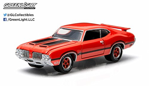 1972 Oldsmobile Cutlass 442 (Flame Orange) GL Muscle Series 11 Greenlight Collectibles 1:64 Scale 2015 Die-Cast Vehicle & Trading Card