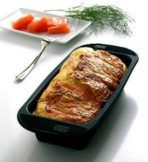 Orka Silicone Loaf Pan, Black