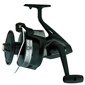 Daiwa Giant Sized Spinning Fresh or Saltwater Fishing Reel (Black)