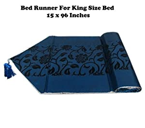 for king size bed beautiful bed runner with complimentary. Black Bedroom Furniture Sets. Home Design Ideas