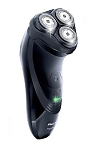 Philips AquaTouch AT899/16, Wet and Dry Fully Waterproof Shaver with Flexing Heads