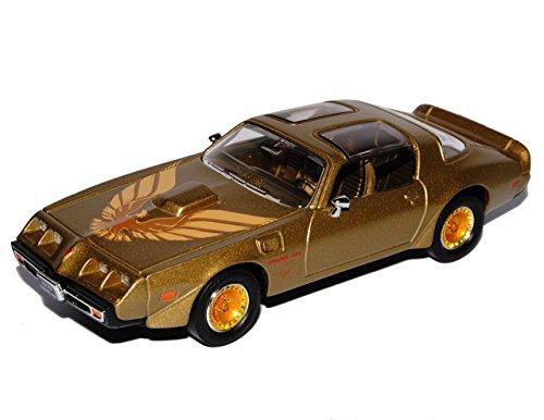 pontiac-trans-am-firebird-gold-mit-vogel-2-generation-1970-1981-1-43-yatming-modell-auto