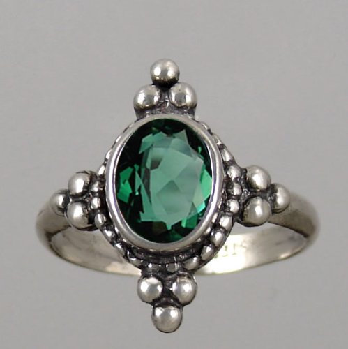 A Gorgeous Victorian Sterling Silver Ring Featuring a Beautiful Faceted Green Quartz Gemstone