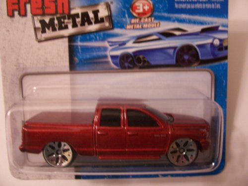 Maisto Fresh Metal Die-Cast Vehicles ~ 2002 Dodge Ram Quad Club (Red) - 1