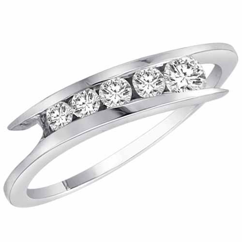 14K White Gold 5 Stone Graduated Round Diamond Promise Ring (1/2 cttw, H-I, SI) - Size 7