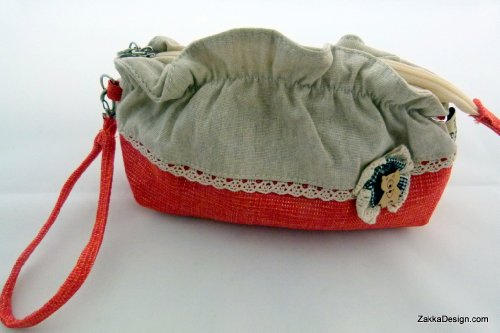 ZakkaDesign Make-up Hand Pouch Bag with inner side zipper pocket - Red