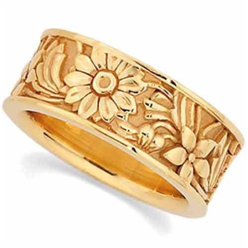 14K Yellow Gold Distinct Flower Design Wedding Band