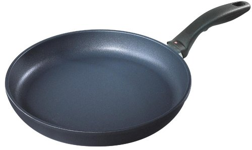 Swiss Diamond Cast-Aluminum Nonstick 8-Inch Fry Pan