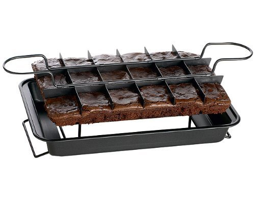 easy-bake-and-slicer-brownie-pan-cooking-tray