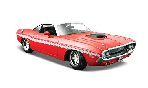maisto-1970-dodge-challenger-r-t-coupe-hard-top-1-24-scale-diecast-model-car-red-and-white-top-by-ma