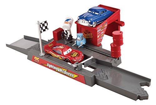 Disney/Pixar Cars Story Sets Piston Cup Pit Stop Play & Race Launcher