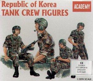ROK Tank Crew Figures 1/35 Academy