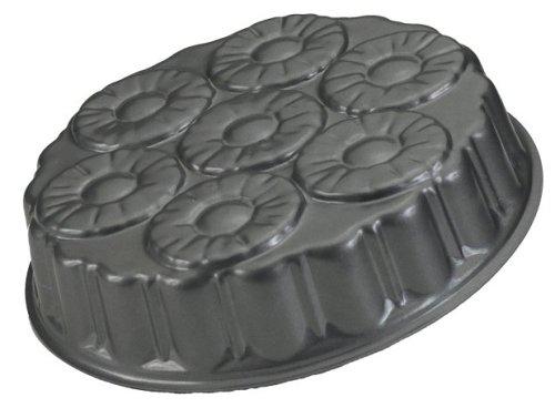 Nordic Ware Pineapple Upside Down Cake Pan front-602965