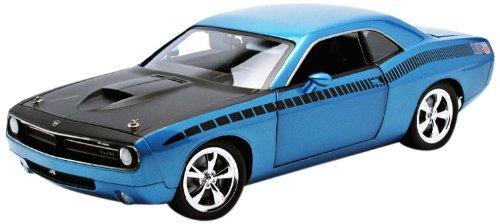 Highway 61 1/18 'Cuda Concept B5 Car - Blue W/Black Aar Stripe: Supercar Coll...