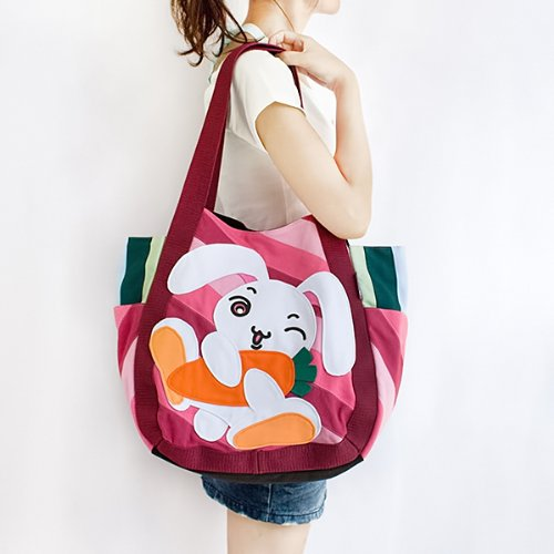 ONITIVA – [Bunny & Carrot] Hand-appliqued 100% Cotton Fabric Art Shoulder Tote Bag / Shopper Bag