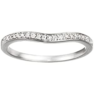 0.11 crt Cubic Zirconia Mounted In Sterling Silver. Dainty Curved Tracer Band.