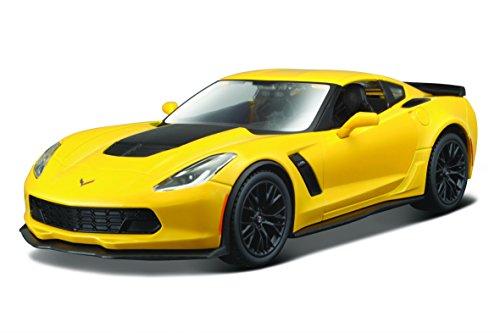 Maisto-31133-Modellauto-124-Corvette-Z06-15-gelb
