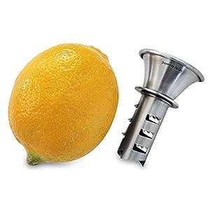 om: Squeeze Away Manual Lemon Squeezer -