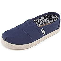 Toms Kids Classics Youth Canvas Navy Casual Shoe 2 Kids US