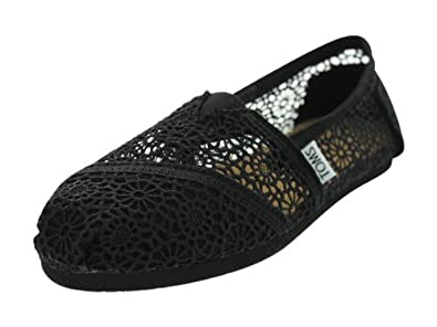 Toms Women's Crochet Classics Black Morocco Casual Shoe 7 Women US
