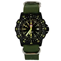 Luminox Recon Point Man Black Dial Green Nylon Mens Watch LM8826.MI