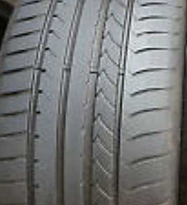 Goodyear Efficient Grip (AOE) Sommerreifen 255/40 R19 100Y DOT 11 Demo (RFT) L20