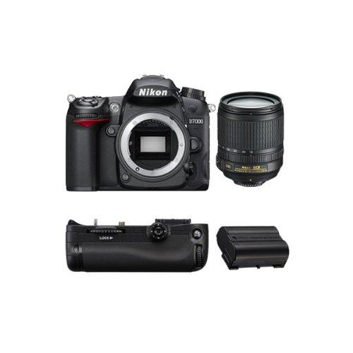 D7000 Reflex Numerique + Objectif AF-SDX 18-105mm 3,5-5,6G ED VR GARANTI 4 ans + Grip MBD11 + Bat...