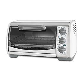 Black & Decker TRO490W Toast-R-Oven Classic 4-Slice Countertop Oven, White